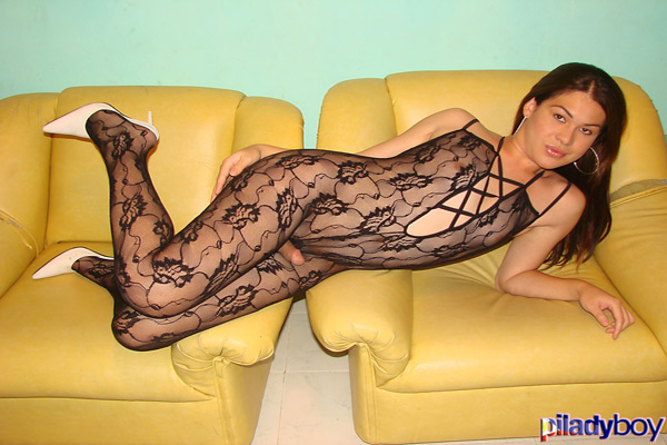t ivory piladyboy 03 Filipino Shemale Ivory In Bodystocking On PiLadyboy!