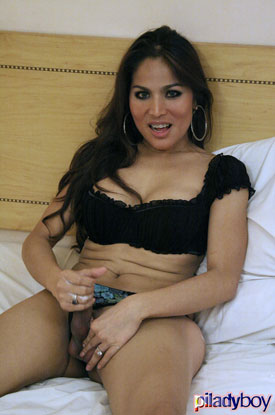 t ashley piladyboy 04 Filipino Shemale Ashley Stroking On PiLadyboy!