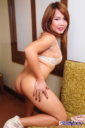 t kristine piladyboy 03 Ladyboy Kristine Is Pristine For Work On PiLadyboy!
