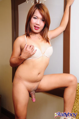 t kristine piladyboy 04 Ladyboy Kristine Is Pristine For Work On PiLadyboy!